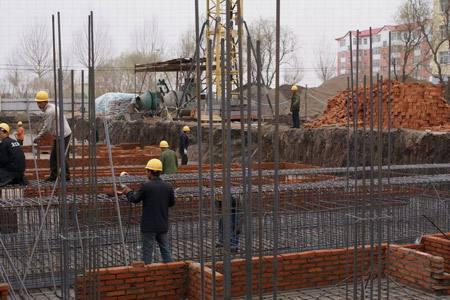建筑施工企业挂靠借用资质的危害性