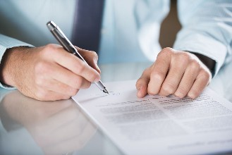 办理建筑资质代理合同包含哪些内容?