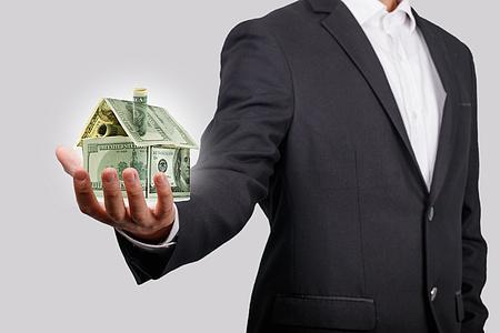建筑企业出借资质有没有风险?